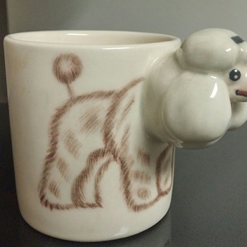 Meelarp Ceramic poodle cup made in Thailand.
