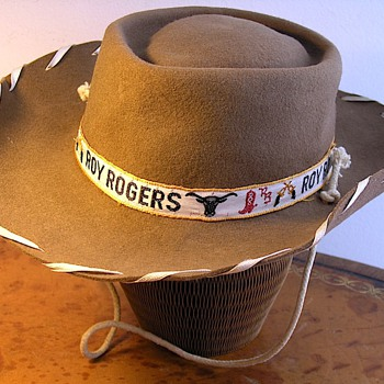 Roy Rogers, Feather Pillbox &amp; Expandable Paper Hats