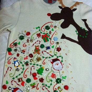 Ugly Holiday Sweater: the puking reindeer - Christmas
