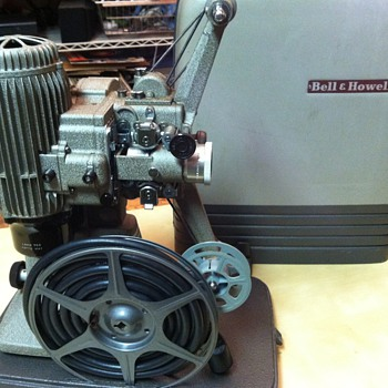 Bell & Howell 273A 16mm Projector - Cameras