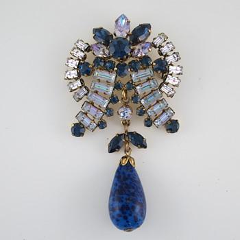 Beautiful Vintage Brooch Identification? - Costume Jewelry