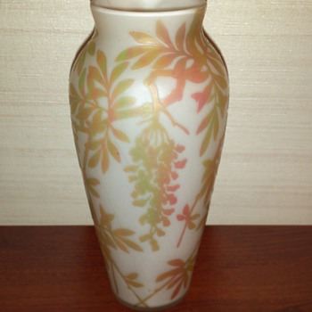 Beckmann and Weis (made by Riedel) Wisteria Cameo vase - Art Glass