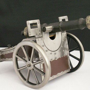 Civil War Style Cannon Jewelry / Music Box  - Fine Jewelry