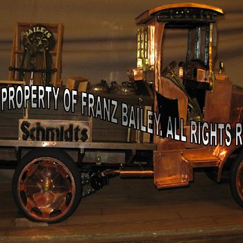 Beer Truck - Late model from Jonathan & Arlene Bailey's Copper & Bronze Age. - Model Cars