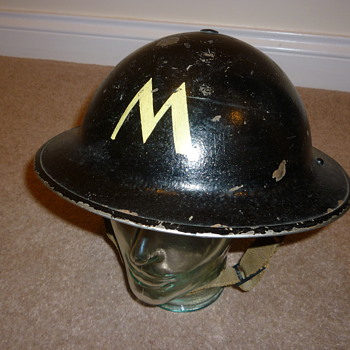 British WW11 Messenger steel helmet - Military and Wartime