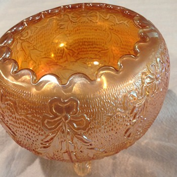 Carnival glass bowl by Fenton - Glassware