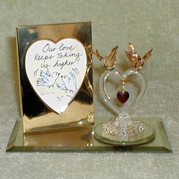 Valentine's Day Glass Figurine