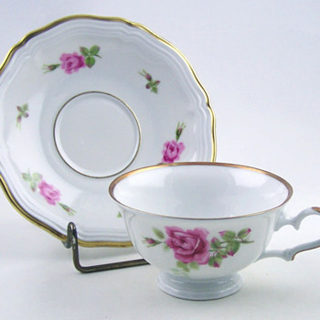 HAVILAND tea cup and saucer set