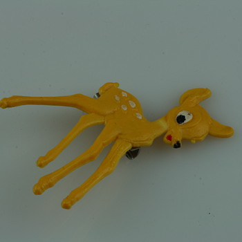 Bambi the bambi brooch - Costume Jewelry