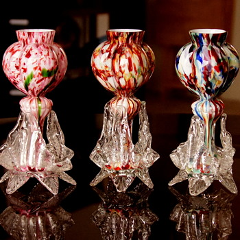 Welz Tri-Lobed Heart - A Shapely Roadmap to Multiple Décors - A Look at My Research Methods - Art Glass