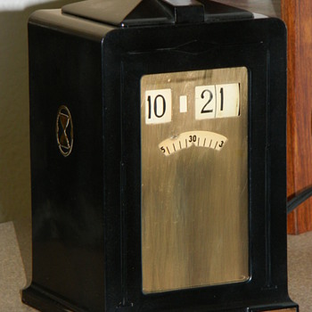 The Telechron &quot;Minitmaster&quot; Cyclometer Clock - Clocks