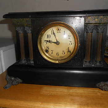 Old clock headed for the trash - Clocks