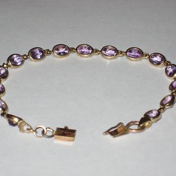 Amathyst Bracelet 10k