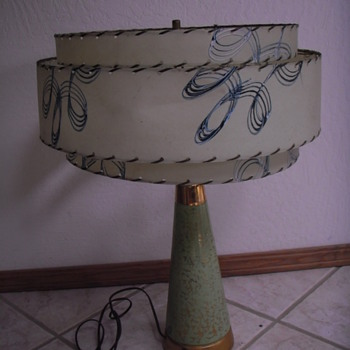 what is the name and year of this interesting table lamp? Very cool.