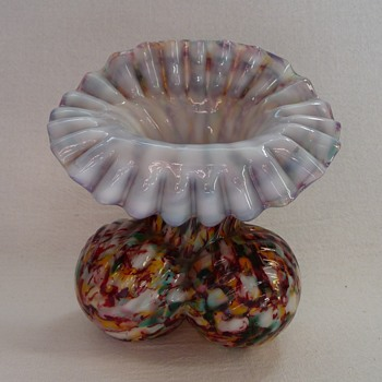 Welz JIP Vase on Three Ribbed Ball Feet  - Art Glass
