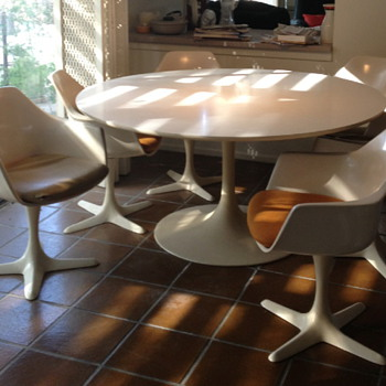 "Burke 60"" Tulip table and 7- 116 chairs - Mid Century Modern"