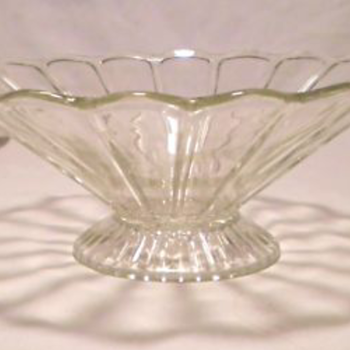 "Antique Flared Glass FRUIT BOWL 9"" Wide - Glassware"