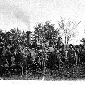 Old Steam Tractors - need info - Photographs
