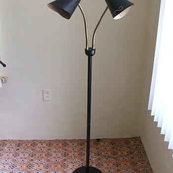 Vintage Mid-Century Goose neck floor lamp