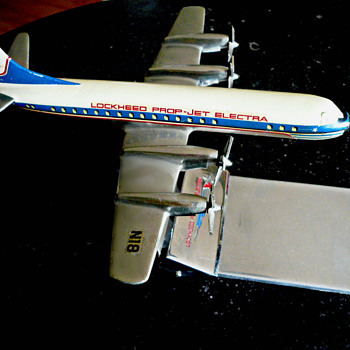 1950's Raise Up Desk Pad Set model of a Lockheed Turboprop Electra - Advertising