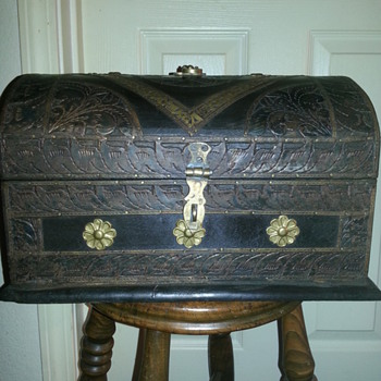 Genghis Khan Gurkha Limited Edition Treasure Chest