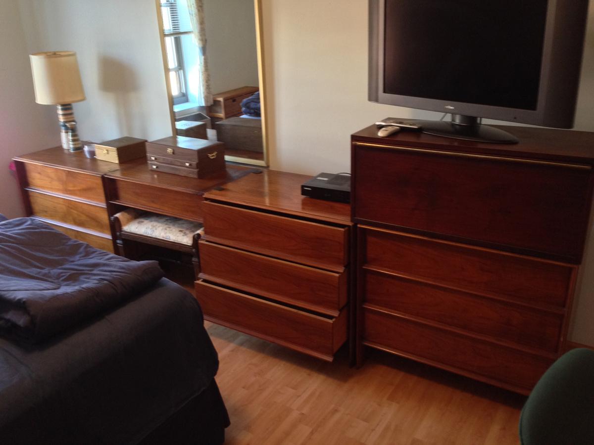 1200x900 john widdicomb grand rapids danish modern bedroom furniture dressers portrait 6f3823 most effective modern