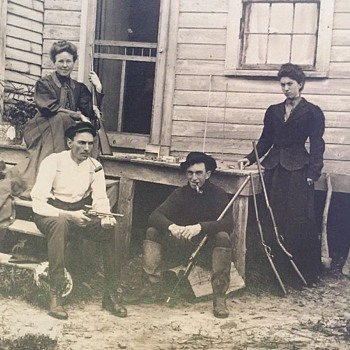 Does anybody recognize these c. 1900 outlaws or criminals...?? - Photographs