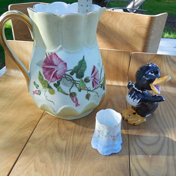 Vintage porcelain/pottery Estate Sale Finds Today