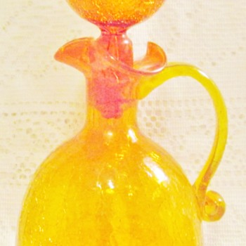 Crackle glass decanter