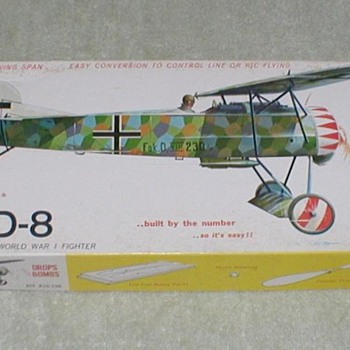 Sterling Balsa Airplane Kit  FOKKER D-8