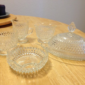 Glassware set diamond cut?