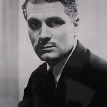 Laurence Olivier Still