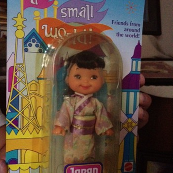 Disney -It&#039;s a Small World Japan doll 1993 - Toys