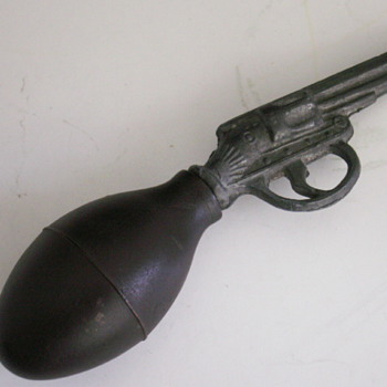 Late 1800&#039;s Liquid Pistol - Toys