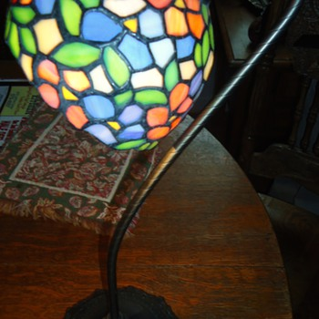 ItemPriceQtyTotal # 19156052 - Staind Glass Vintage style Lamp$15.991$15.99 - Lamps