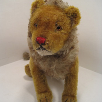 Steiff&#039;s Very Early 5-Way Jointed Lion - Dolls