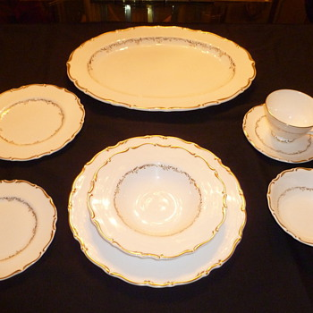 "Royal Doulton ""Richelieu"" Fine China - China and Dinnerware"