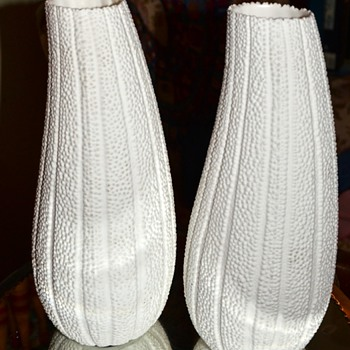 Loofah Vases - Pottery
