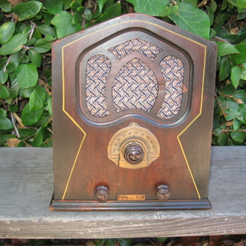 Rare Mini Pee Wee Cathedral Tube Radio Princess Pat 1931 - Radios