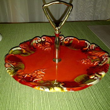 1962 Florentine california nut tray - Art Pottery