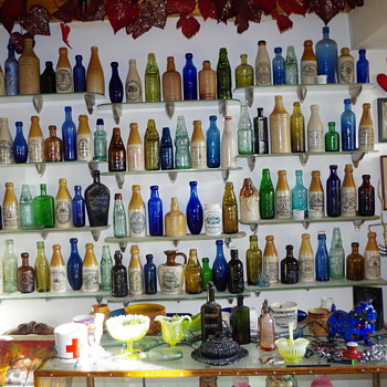 NORTH EAST ANTIQUE BOTTLE COLLECTION  BRITISH ISLES