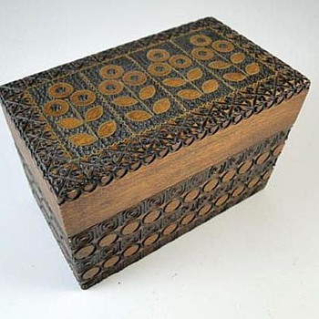 Folk Art Box With Lid - Folk Art