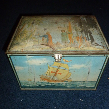 Unknown Vintage Tin