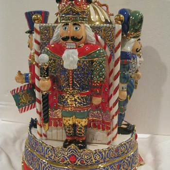 "Christopher Radko ""Nutcracker Parade Guard House"" Cookie Jar - Kitchen"