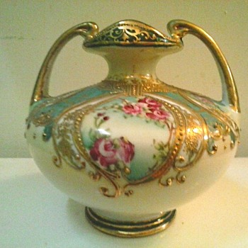 "Nippon 6"" Handled Urn-Vase /Hand Painted Floral and Gilded Moriage Decor /Circa Pre-1890"