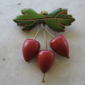 1930-40's wood brooch - strawberries?