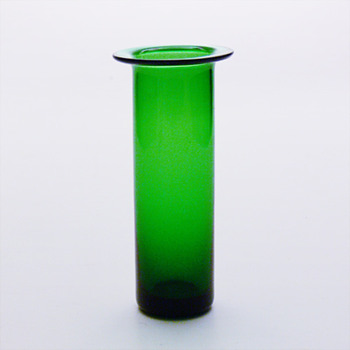 Vase in Aedelgroen colour, per Ltken (Holmegaard, ca. 1960)