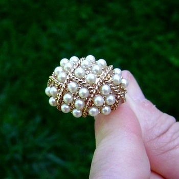 Sarah Coventry Ring - Evening Cluster