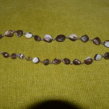Vintage mother of pearl necklace - Costume Jewelry