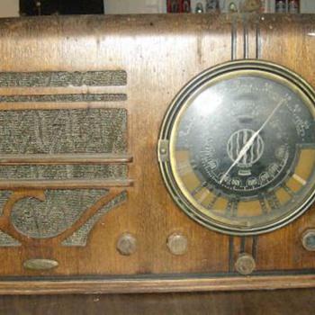1938 knight model b10580 - Radios